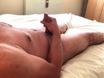 Lazy wank at home after work (big load)