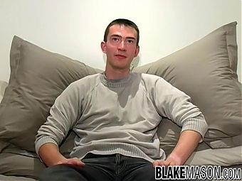 Cute UK amateur Josh lubes up his dick for masturbation